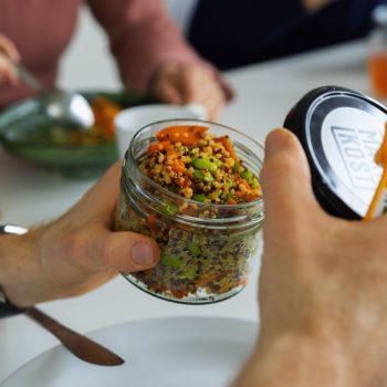 Mit regionalen, saisonalen Mittagsgerichten Lebensmittelverschwendung reduzieren